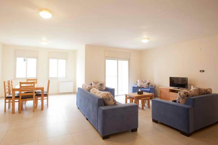 4 Bedrooms Apartment for Rent-Rawabi City - رام الله - Departamento