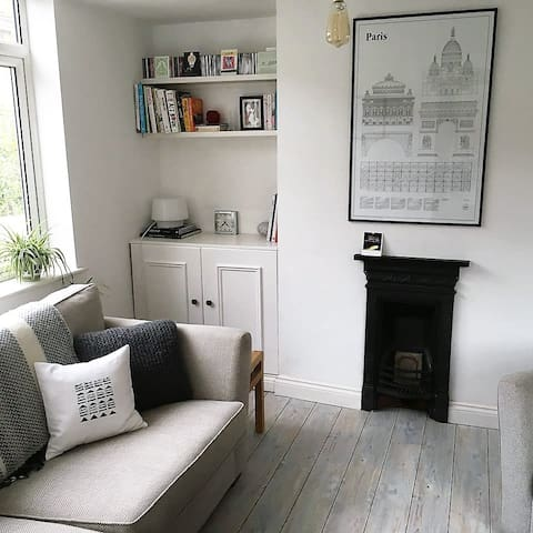 Modern cosy spacious apartment with outside space - Salisbury - Departamento