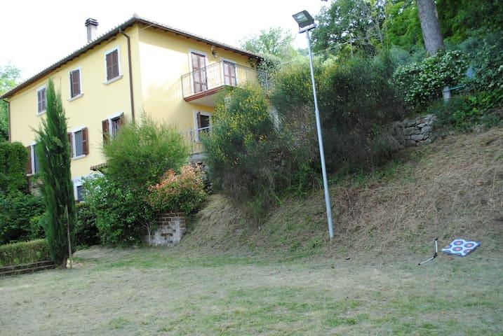 Casa Di Campagna su due livelli. - Ascoli Piceno - Villa