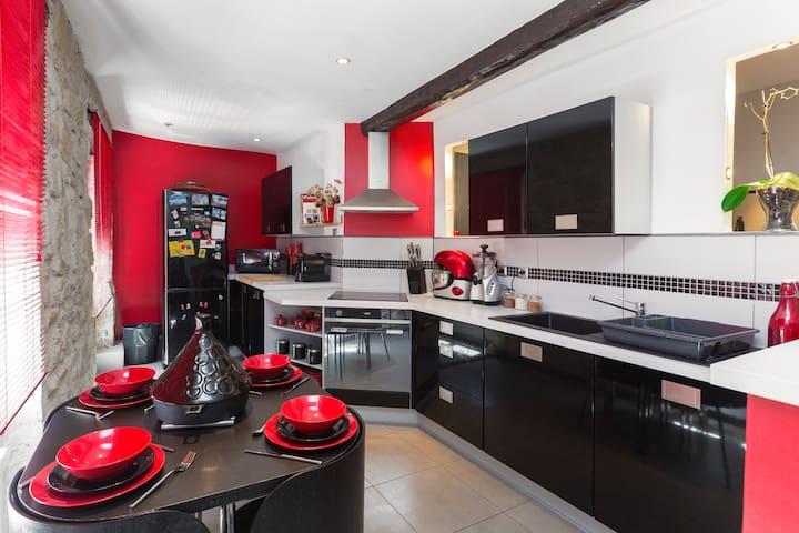 Chambre simple en Provence - 30150 Roquemaure - Apartament