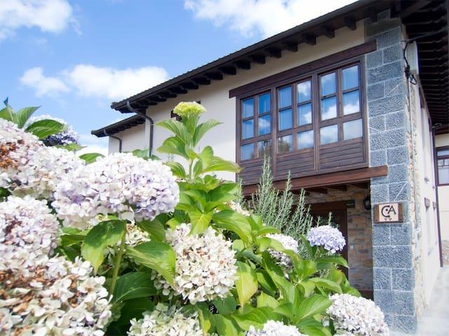 Casa de Aldea. Casa Larrionda 1 - Villar de Huergo - Rumah