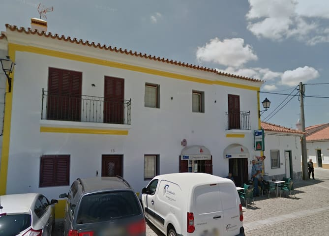 Casa de Alqueva (Rio Guadiana) - Alqueva