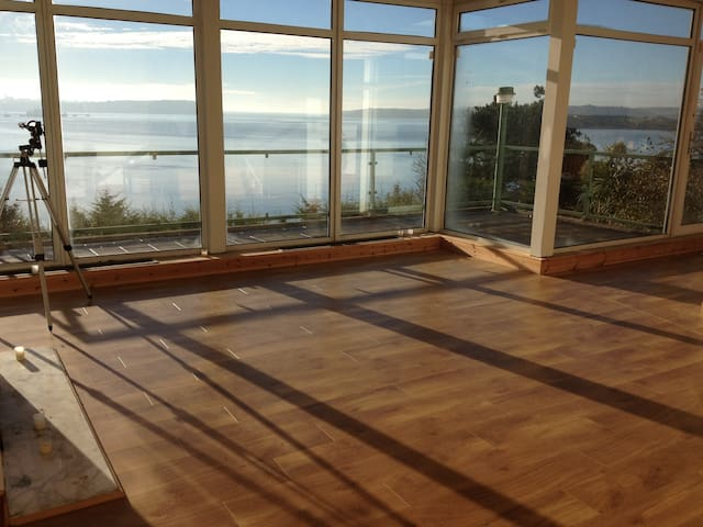 Cliff House, Frenches Walk, Cobh, County Cork - Cobh - Rumah