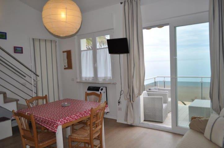 Fantastico trilocale centrale a Marcelli sul mare - Marcelli - Appartement