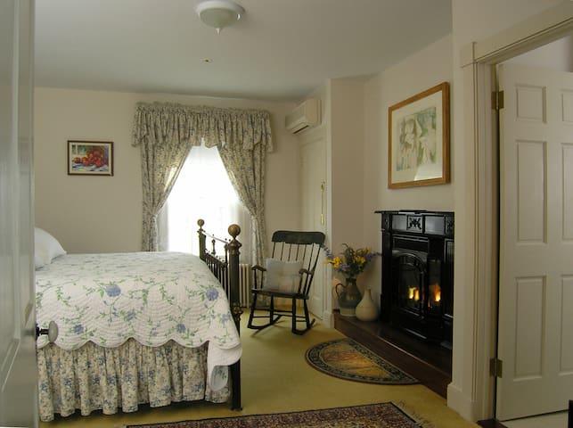 Brampton Bed and Breakfast Inn - Chestertown - Bed & Breakfast