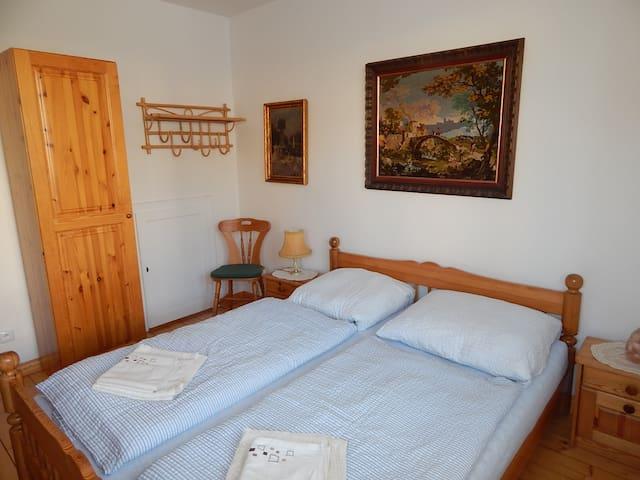 Villa Siesta 2 luzkovy pokoj - Horní Maršov - Bed & Breakfast