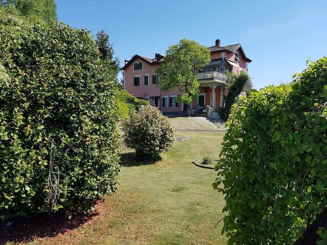 "Appartamento Lago d'Orta Le Vignole ""Murzino"" - Ameno - Lägenhet"