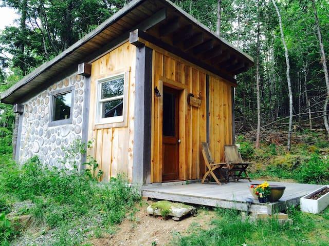 Cord Wood Cabin Retreat - Brooksville - Cabaña