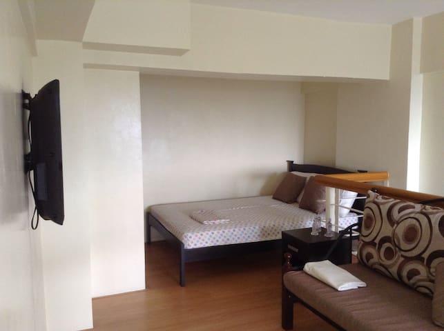 Budget Loft Condo Unit w Resort Amenities - Silang - Loft