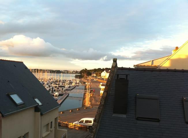 """""""La Vigie""""  à ETEL, charme, vue port, terrasse - Étel - Appartement"""
