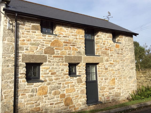 Cosy barn close to coast path and Praa Sands - Helston - Casa de campo