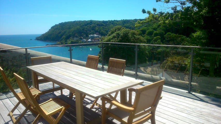 Salcombe Apartment - Large Decking and Sea Views - Salcombe - Daire