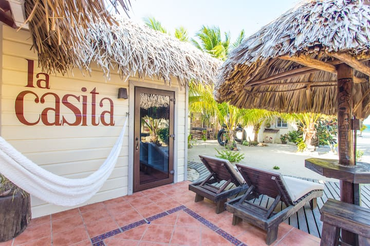 On HGTV, Boutique resort, adults only, pool/beach! - Placencia - Boutique hotel