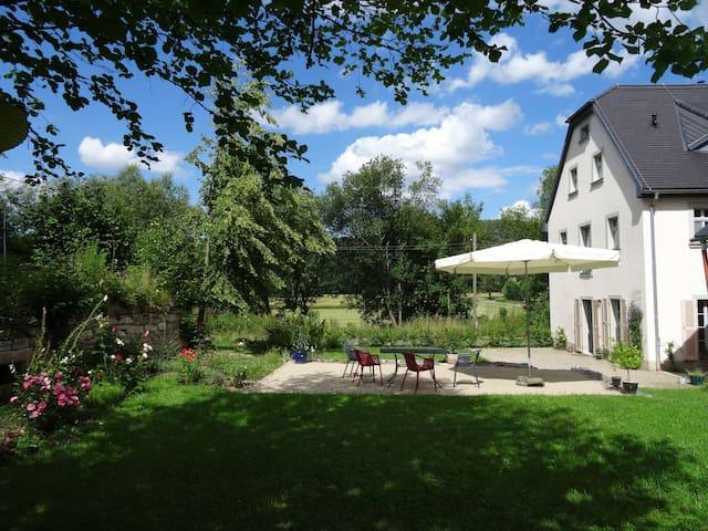 Historischer Gutshof in herrlicher Landschaft - Lichtenau - Appartement