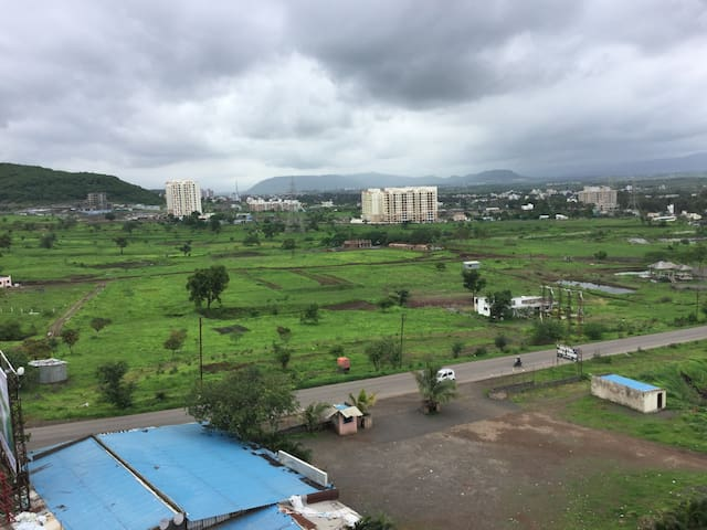 3BHK Appartment with amazing mountain views - Talegaon Dabhade - Leilighet