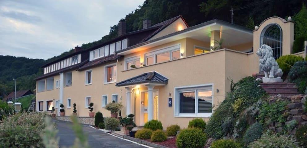 Apartment in der Villa Joya Schaumburg - Rinteln - Konukevi