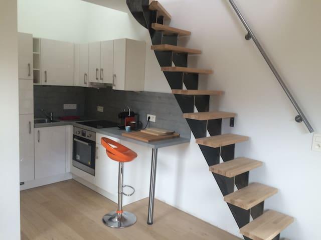 Duplex 1-2 pers neuf tout équipé - Ottignies-Louvain-la-Neuve - Rumah