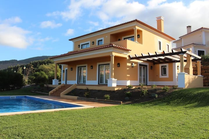 Campo Real Golf & Resort House