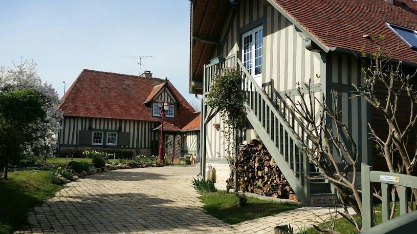 Vie à la normande ! - Saint-Laurent-du-Mont - Lägenhet