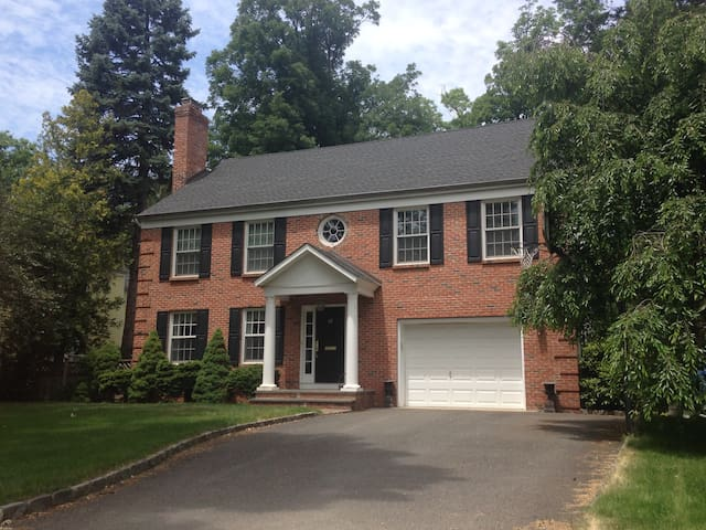 PGA Championship- Private Colonial in Summit, NJ - Summit - Huis