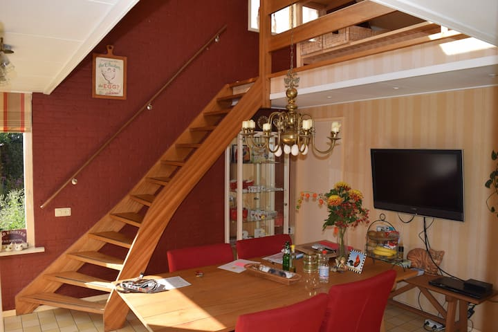 Cosy, two-room studio at our home. - Barneveld - Apartment