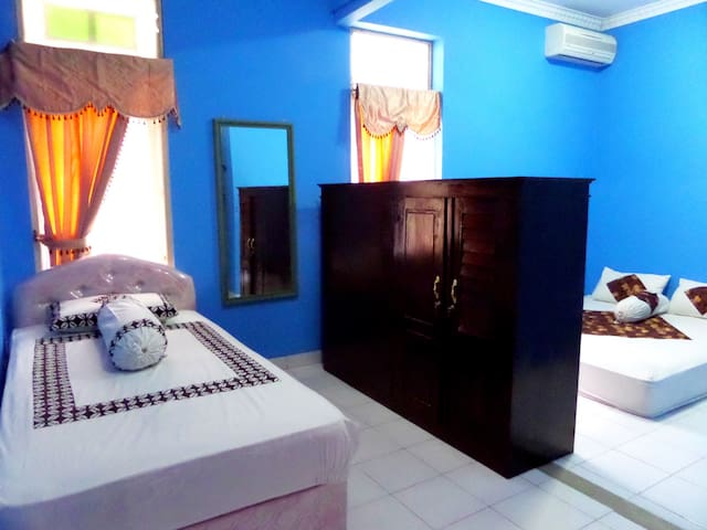 Regol-Ijo@CityCenter (LargeRoom) - Ngampilan - Bed & Breakfast