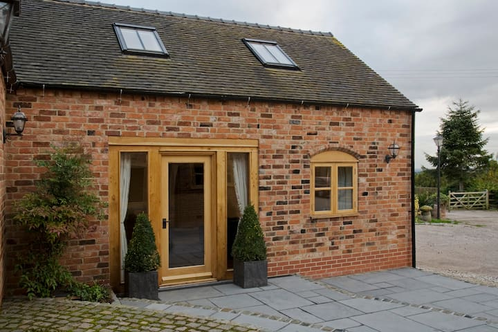 Delightful Barn Conversion - Abbots Bromley - 獨棟