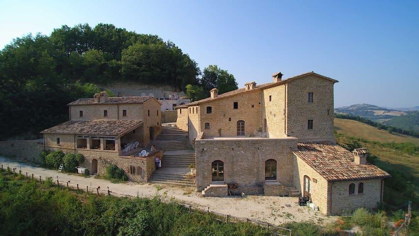 Medieval Romantic Room - Provincia di Pesaro e Urbino - Slott