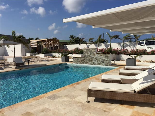 Luxurious 1 bedroom apartments in West Point - Curaçao - Byt