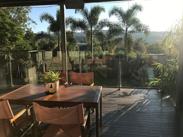 Tropical Self Contained Unit in The Gap - The Gap - Huis