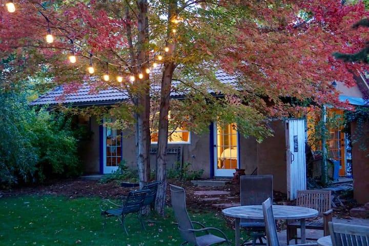 Secluded Charm in North Boulder Cottage - Boulder