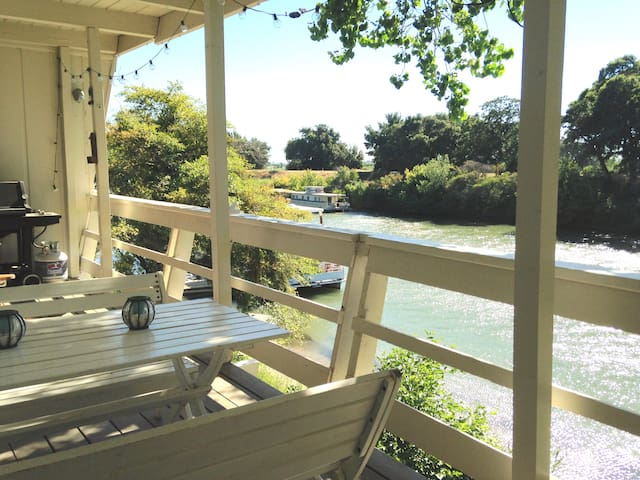 Delta Apartment on Steamboat Slough - Walnut Grove - 公寓