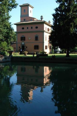 Villa la Selvotta - Albano laziale - Villa