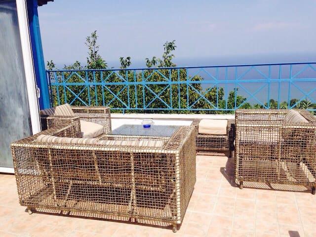 Luxury 2 guests flat 3klm from sea - Karitsa - Appartamento