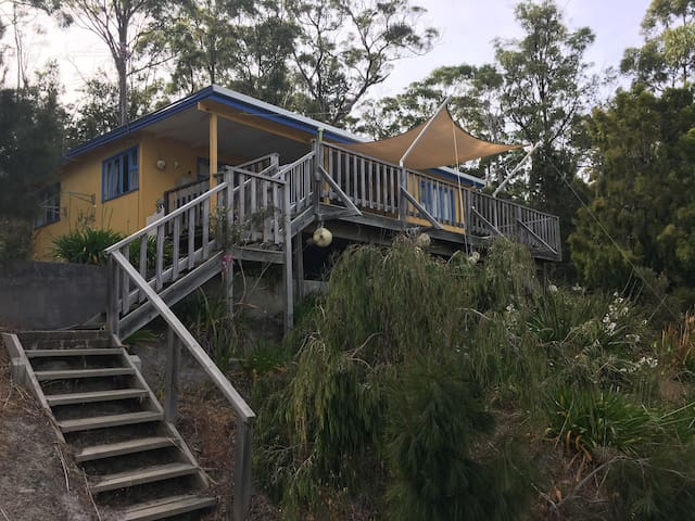 Bruny Beach Shack - Dennes Point - Huis