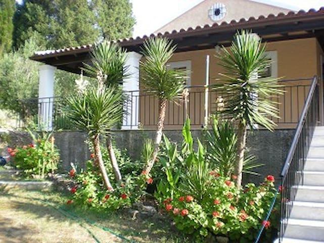 Ferienhaus Christina - Agios Vasilios - Feriehjem