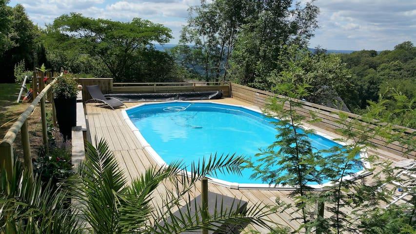 Grange rénovée avec piscine à la campagne au calme - Voutezac - Casa
