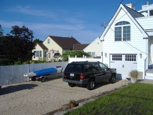 Smith Point Beach House - Shirley