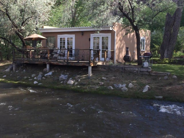 Rivers Edge Guest House - Dixon - Cabaña
