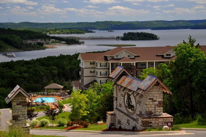 The Majestic at Table Rock Lake - Branson - Condo