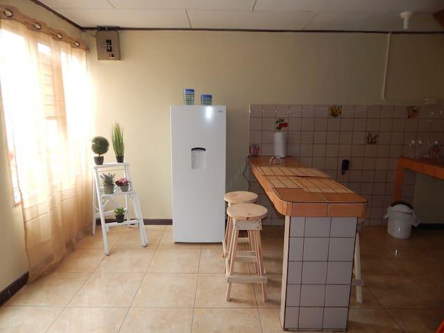 Comfortable independent Apartment in San José - San Francisco de Dos Rios - Casa