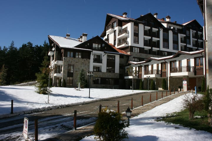 A comfortable one bedroom apartment with Wi-fi. - Borovets - Daire