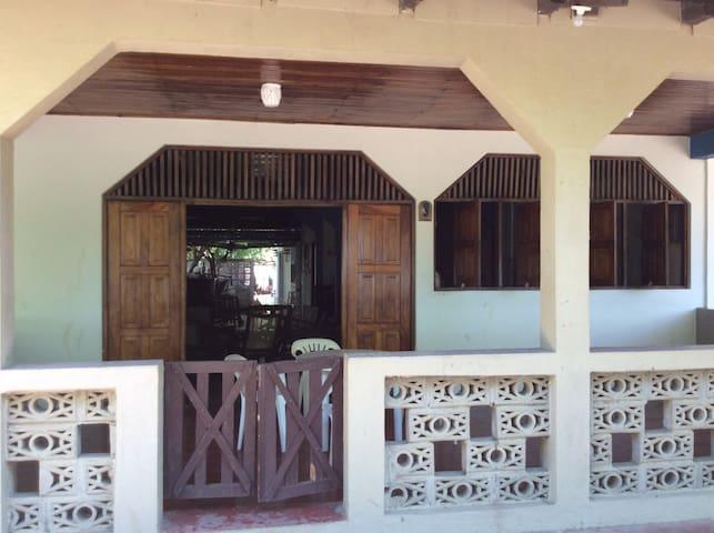 Paradise in Poneloya, Nicaragua - Poneloya - Huis
