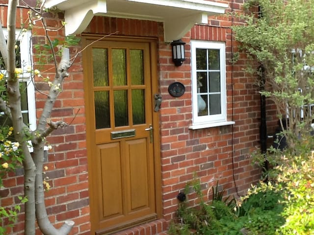Field Cottage, Shiplake,Oxfordshire - Shiplake - Casa