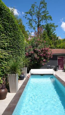 Studio indépendant dans jardin avec piscine - Bordeaux - Casa