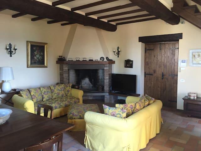 Umbrian Cottage - Gubbio
