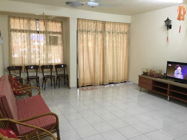 Yong Home Stay - Kuala Perlis - Dom