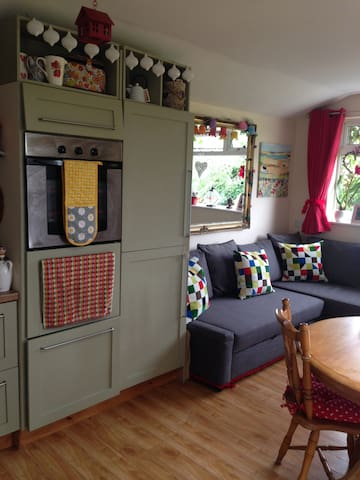 Beautiful & cosy self-contained Mews Apartment - Kilkenny - Departamento