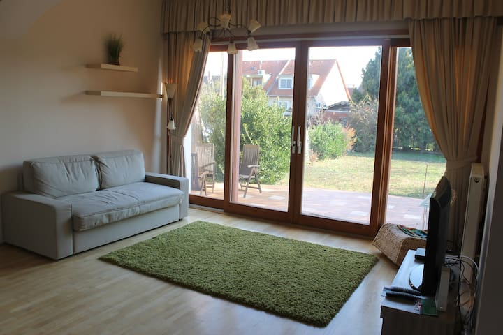 Charming 2BDRM house in Budapest - Budapest - Hus