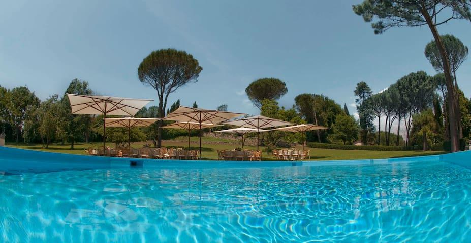 Villa: Pool&Park with Ancient Ruins - Tivoli - Casa